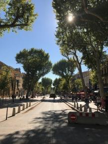 Cours Mirabou - uma das mais lindas do mundo