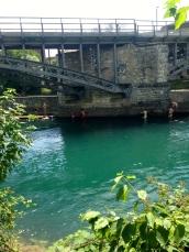 Lago Zurique com água limpinha